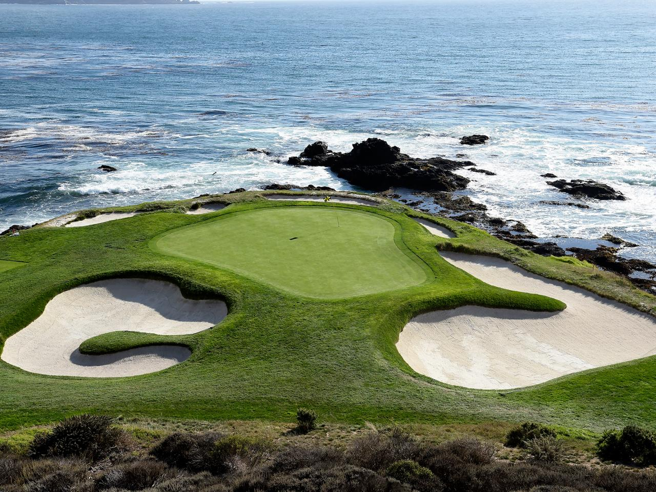 Outdoor Living The Royal Pebble Beach Mansion An Architectural Paradise
