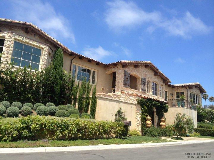 tuscan-style-villa-reclaimed-limestone-tuscan-wall-cladding-canada-architectural-stone-decor