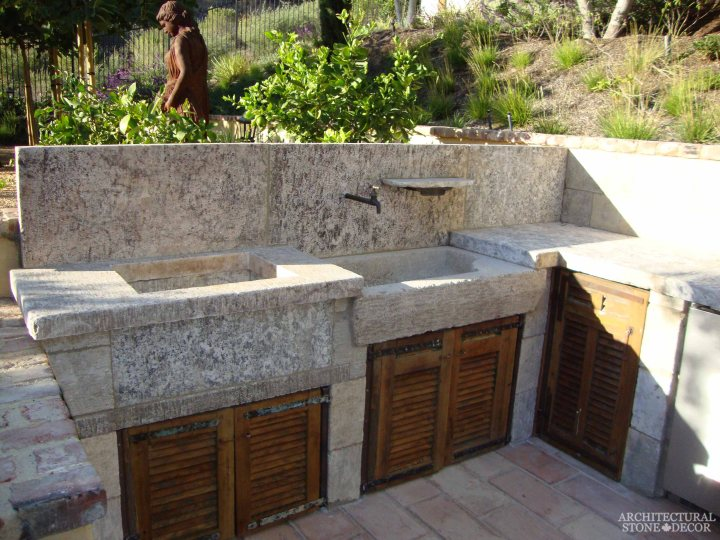 Canada outdoor kitchen barbecue landscape design home décor old natural stone sink