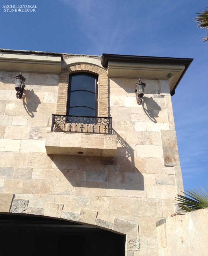 Outdoor Exterior tuscan mediterranean style natural stone reclaimed rustic old world limestone wall cladding veneer Canada ca