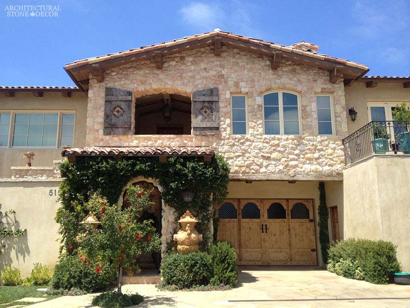 Outdoor Exterior natural stone reclaimed rustic old world limestone wall cladding veneer Tuscan canada ca